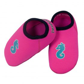 Water-shoes-badskor-pink-1